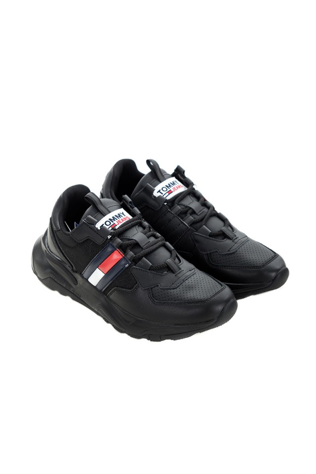 Sneakersy z charakterystyczną flagą CHUNKY TECH RUNNER TOMMY JEANS