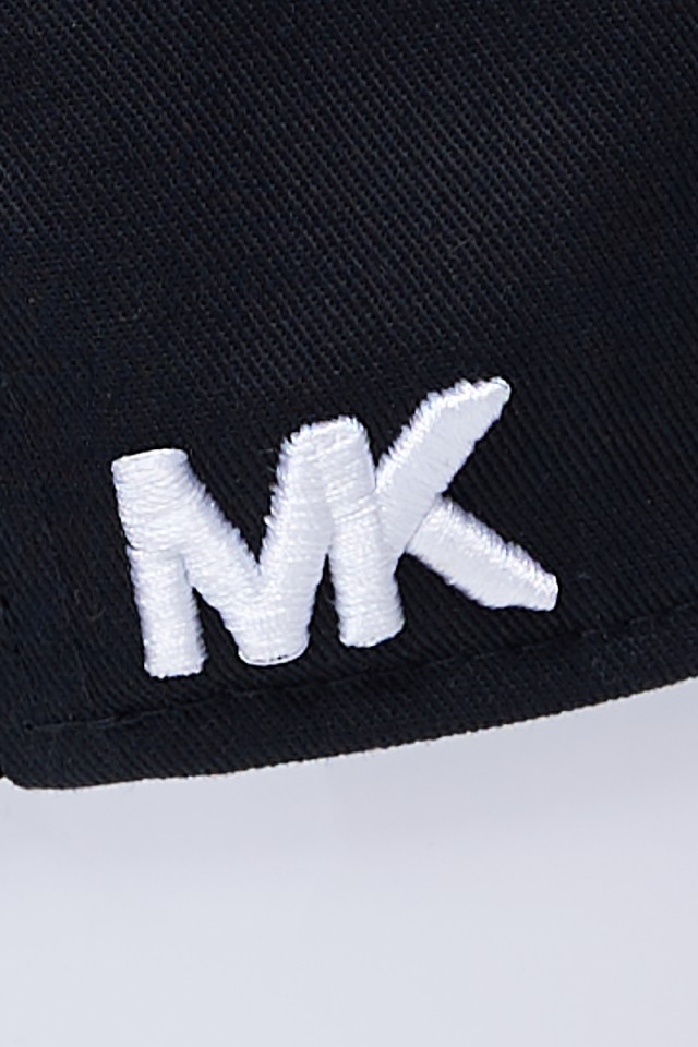 Czapka z daszkiem czarna MICHAEL KORS