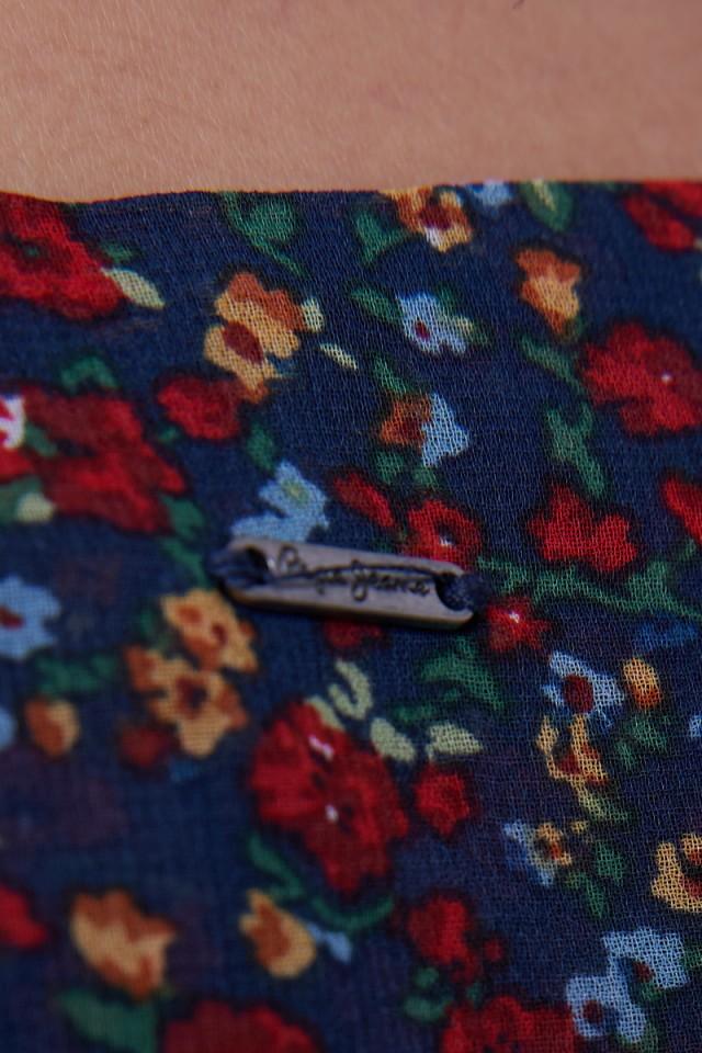 Sukienka w kwiatowy print CARMEN PEPE JEANS