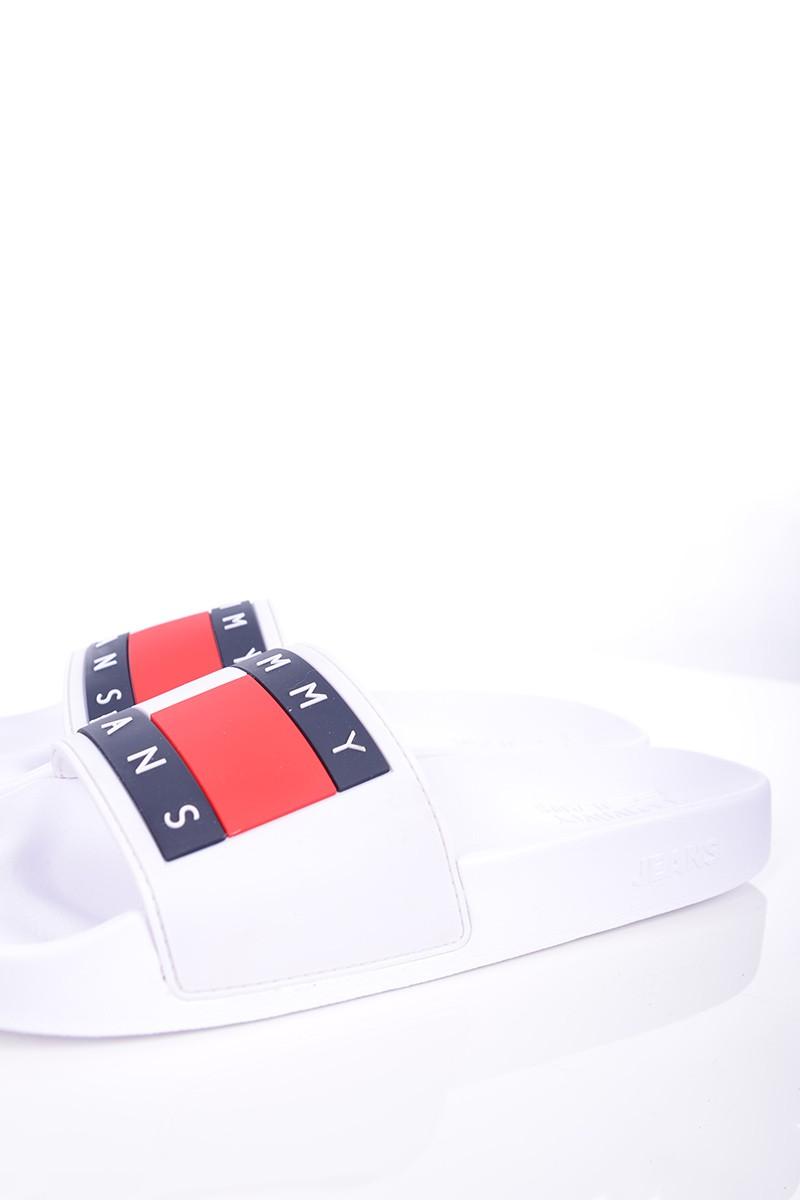 77936167dbcc3 Tommy Jeans Klapki FLAG POOL SLIDE WHITE TOMMY JEANS - Butik Online ...