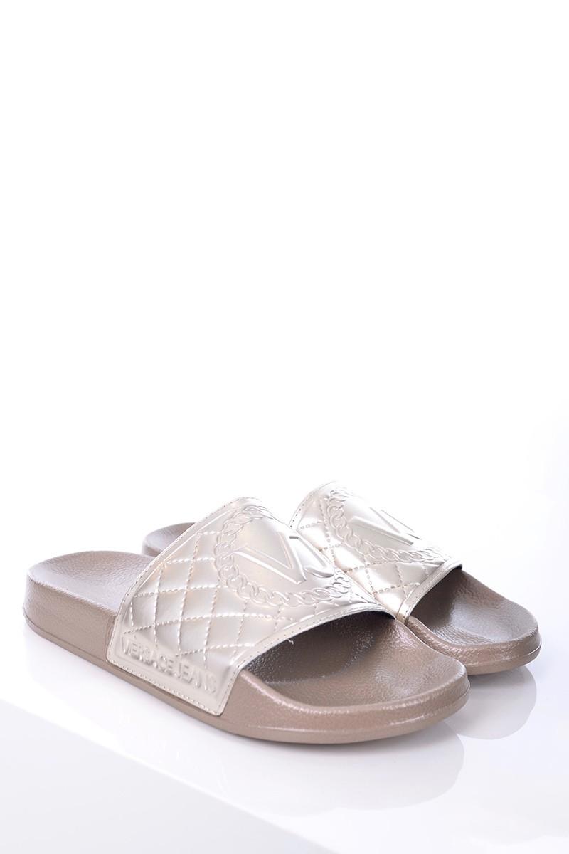 1ddc77ed69a83 Versace Jeans Klapki L. FONDO SEA COLECCTION DIS. 4 GOLD VERSACE ...
